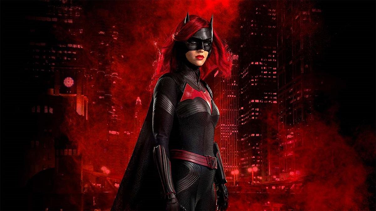 Batwoman 2 – La Batmobile arriva in foto!