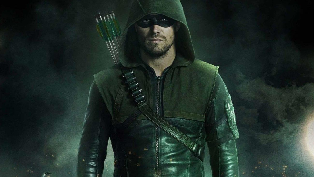 """Green Arrow – Stephen Amell """"minaccia"""" chi non andrà a votare"""